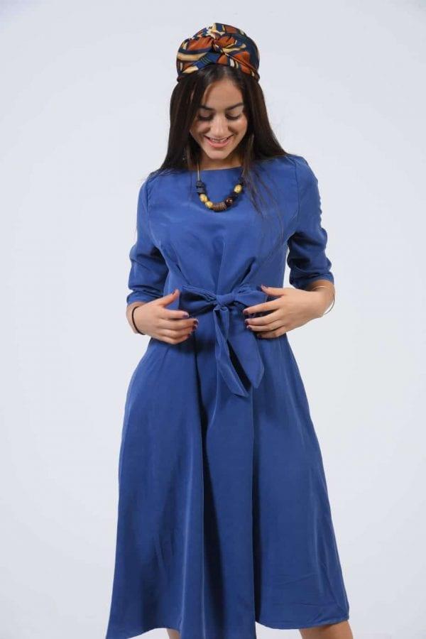 שמלת קשירה צבע כחול