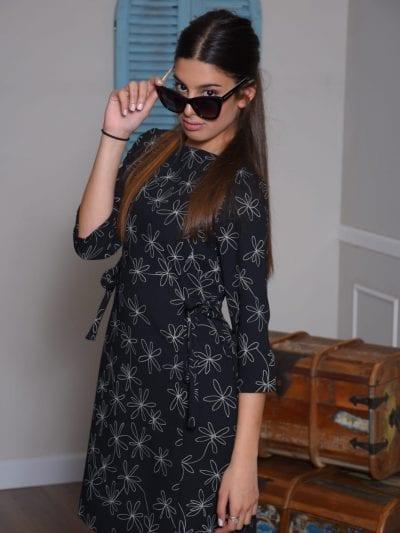 שמלת רומי שחור פרחים