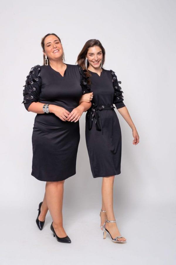 שמלות ערב צנועות שמתאימות גם לנשים וגם לנערות