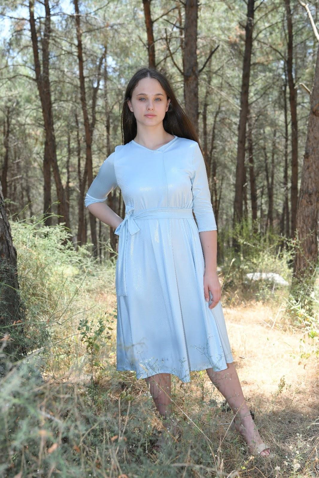 שמלת אמה נערות תכלת