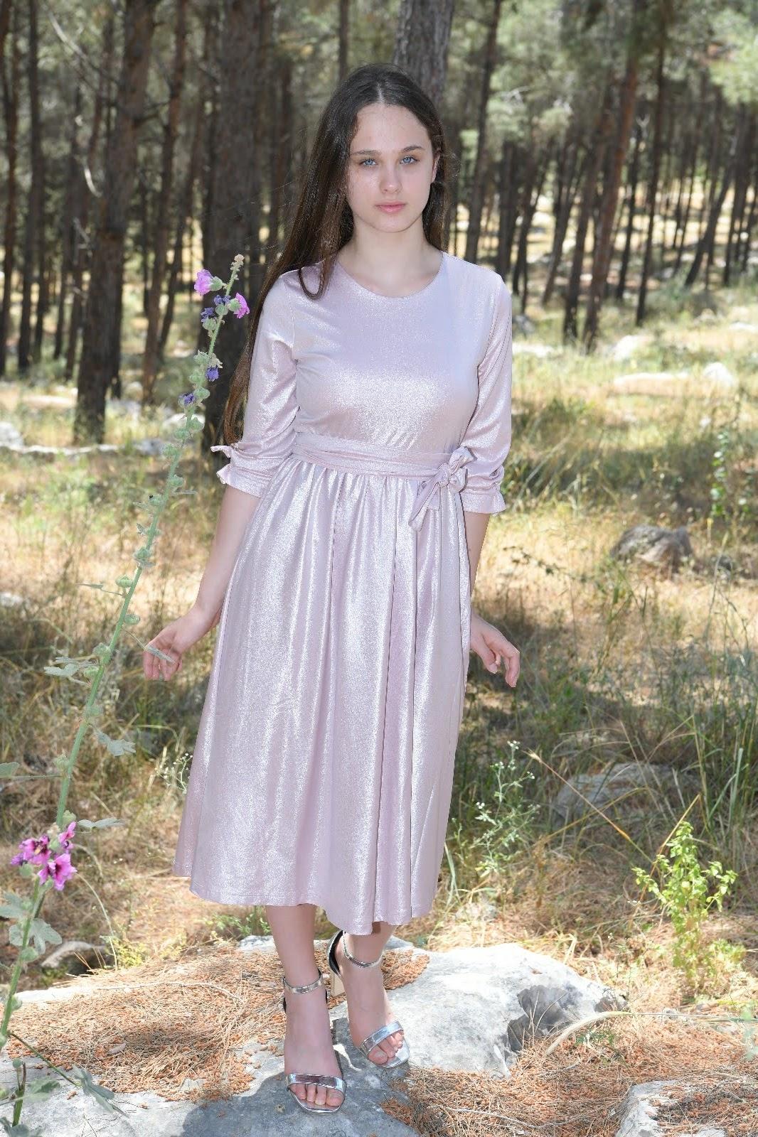 שמלת ורד נערות ורודה